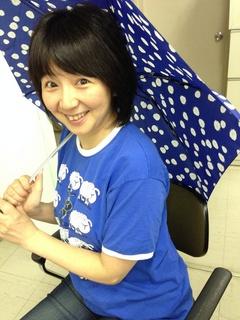 伊舞さん日傘.jpg