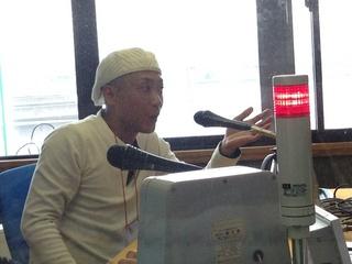 大峯さんinスタジオ.jpg