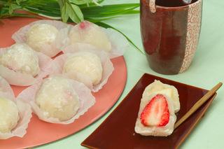 1月第4週洋梨とイチゴの大福もち.jpg