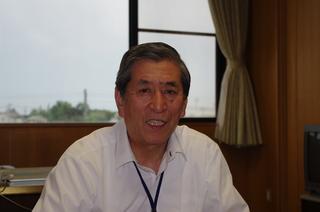小谷芳正町長.JPG