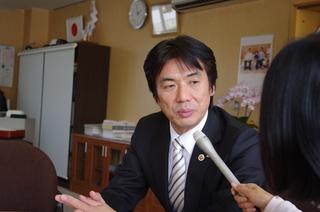 田嶋勝正串本町長.JPG