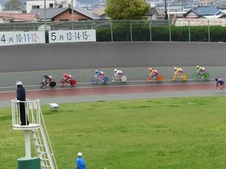 最終日9R ジャン3コーナー過ぎの攻防