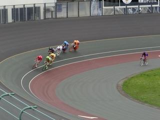 最終日11R「ガールズ決勝戦」 ジャン過ぎ4コーナーの攻防
