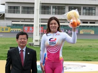 表彰式の中村選手
