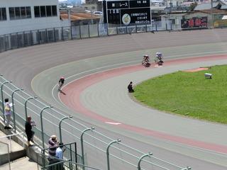 エリミネイションレース 22周目4角の攻防