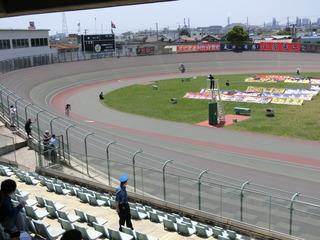 エリミネイションレース 最終周回4角の攻防