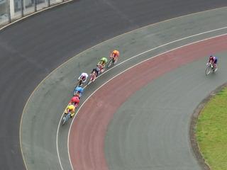 2日目6R ジャン過ぎ4コーナーの攻防