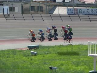 2日目7R ジャン3コーナー過ぎの攻防