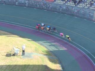 3日目11R 最終4コーナーの攻防