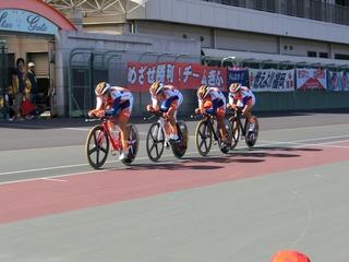 男子4�qチームパーシュート予選 和歌山県チームがスタート