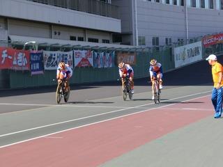 男子4�qチームパーシュート予選 和歌山県チームがゴール 注目のタイムは?