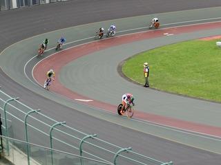 少年男子4�q速度競走予選3組 4周目HS線を取るべく永橋が飛ばす
