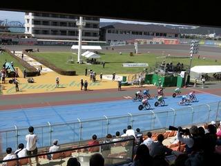 少年4�q速度競走準決勝1組 5周目 今村と小松原が後続集団を大きく引き離す