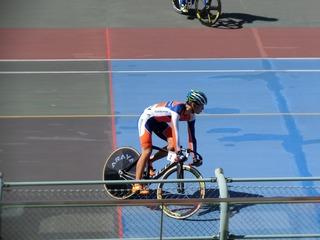 少年4�q速度競走準決勝2組 永橋がスタート位置に