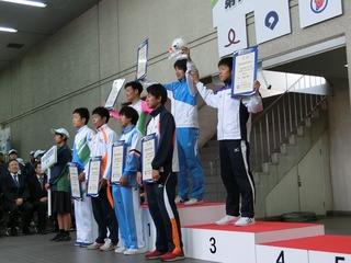 成年男子4�q速度競走表彰式