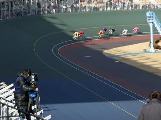 10R最終4コーナーの攻防