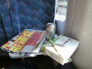 お昼は柿の葉寿司&ノンアルコールビール