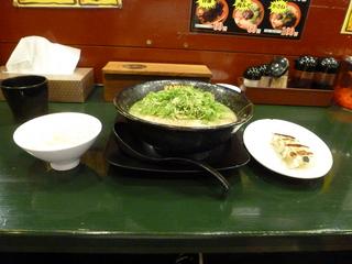久留米とんこつラーメン&餃子ライス