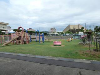 チータカ広場(児童遊園)