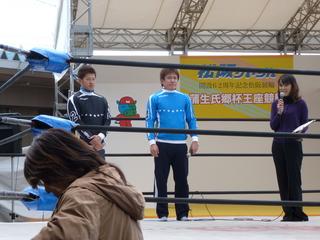 小西誠也選手(中)と西村光太選手(左)のトークショー